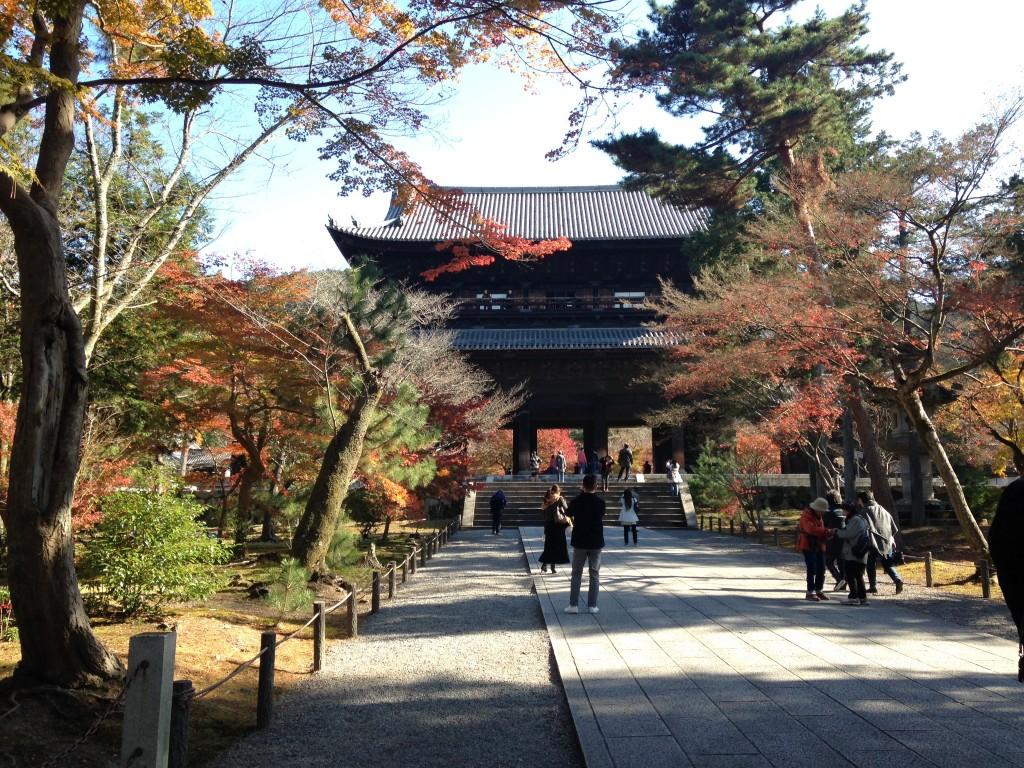 南禅寺へのアクセス‼京都駅からはバス、車?オススメは電車です