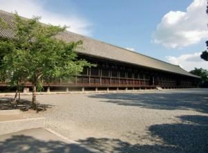 伏見稲荷大社へのアクセス‼京都駅からは電車がオススメ!バスと車と比較したよ